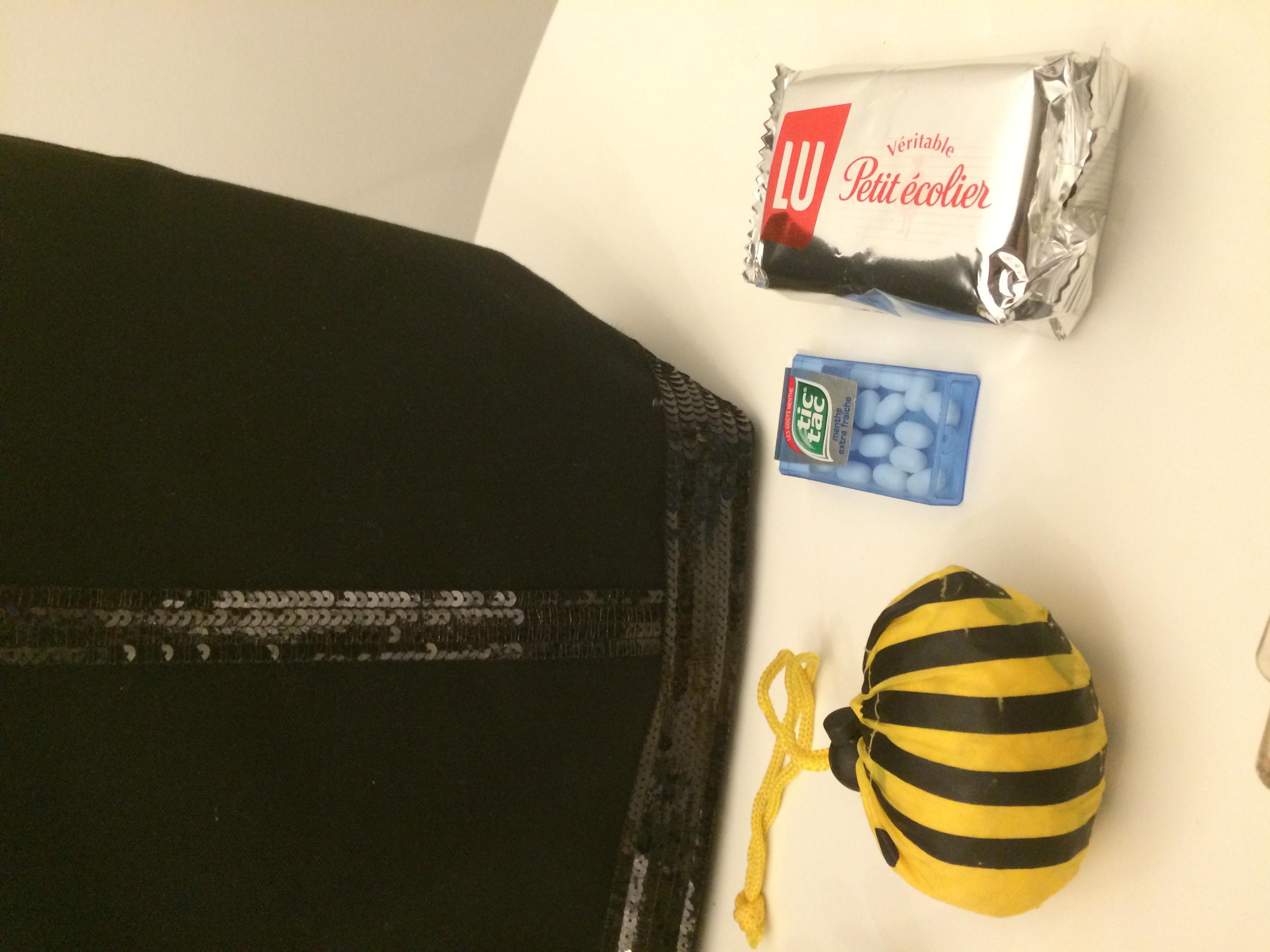 Un sac de courses en forme d'abeille pour faire rire les enfants