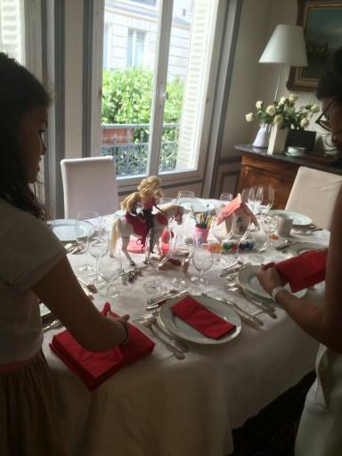 Recevoir et Surprendre_Rose Fournier_Table de communion_Jeanne_Expressionsdenfants