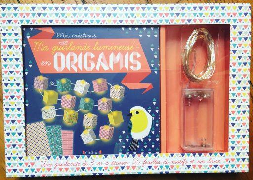 Cadeau Créatif _Ma guirlande lumineuse en origamis_Expressionsdenfants