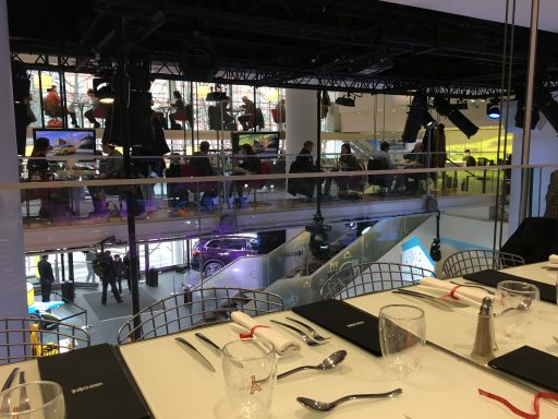 Restaurant_ L'atelier Renault _Expressionsdenfants