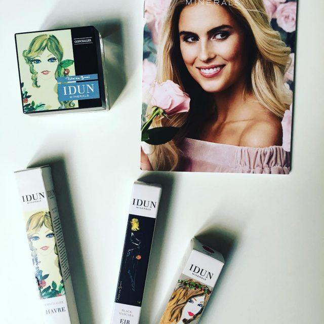 Je dcouvre les jolie produits makeup de la marque sudoisehellip