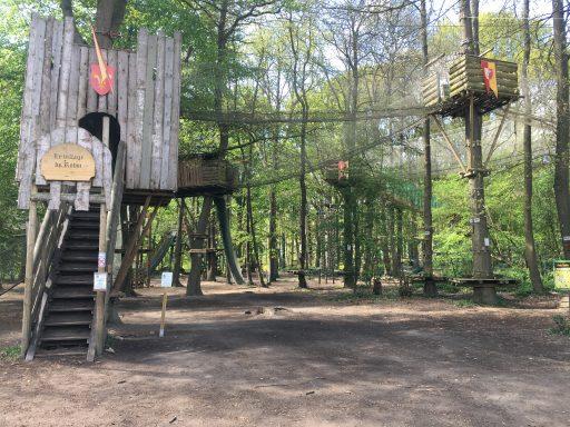 Sherwood Parc _Le Village dans les arbres_Expressionsdenfants