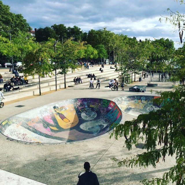 Les mercredis matins sans Ecole cest aussi a skatepark meilleuremamandumondehellip